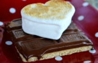 Valentines Day Smores