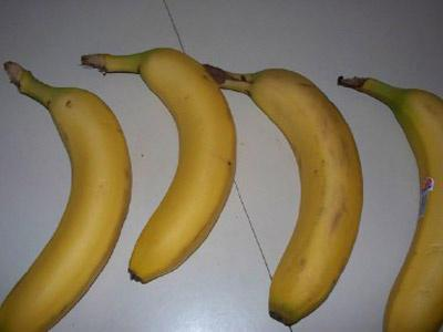 Separate your bananas, they'll last longer