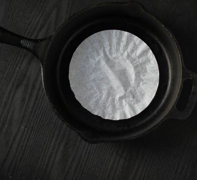 Keep a Coffee Filter in your pan to prevent rust