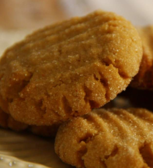 3-Ingredient PB Cookies