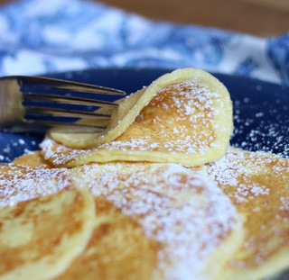 Low Carb Cream Cheese Pancakes